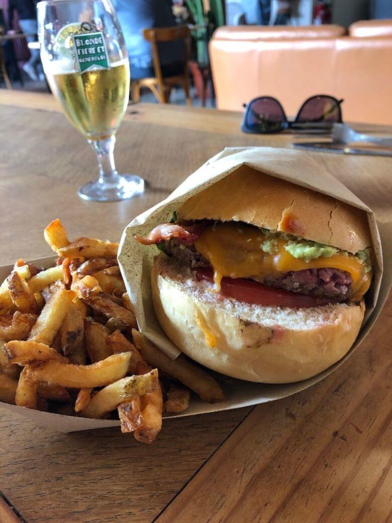 burger spot palace